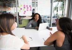 Six conseils pour bien gérer le retour au bureau de vos collaborateurs après la crise